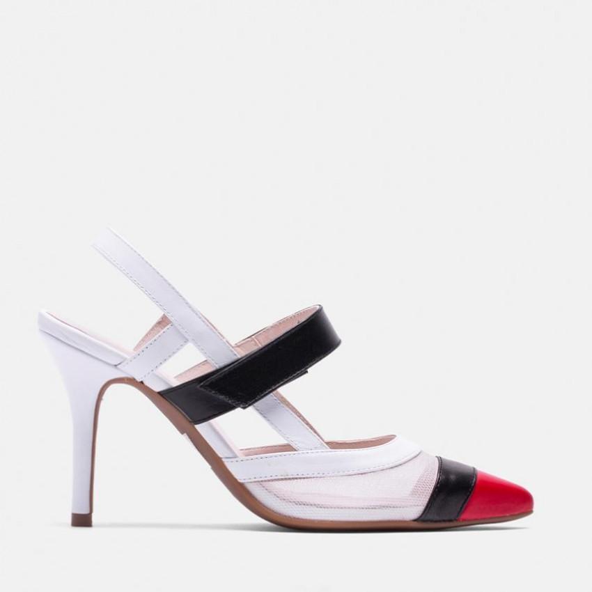 da0b50fc1d3 Salón de piel con puntera color rojo combinada con blanco y negro