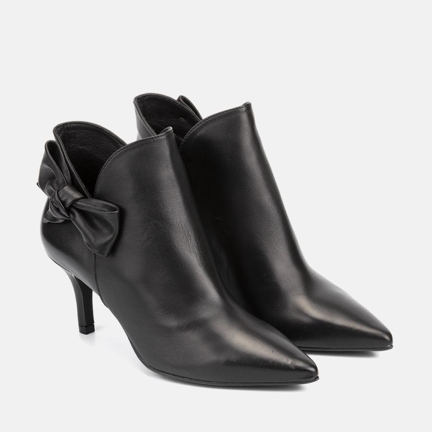BLACK LEATHER ANKLE BOOT - CECILIA