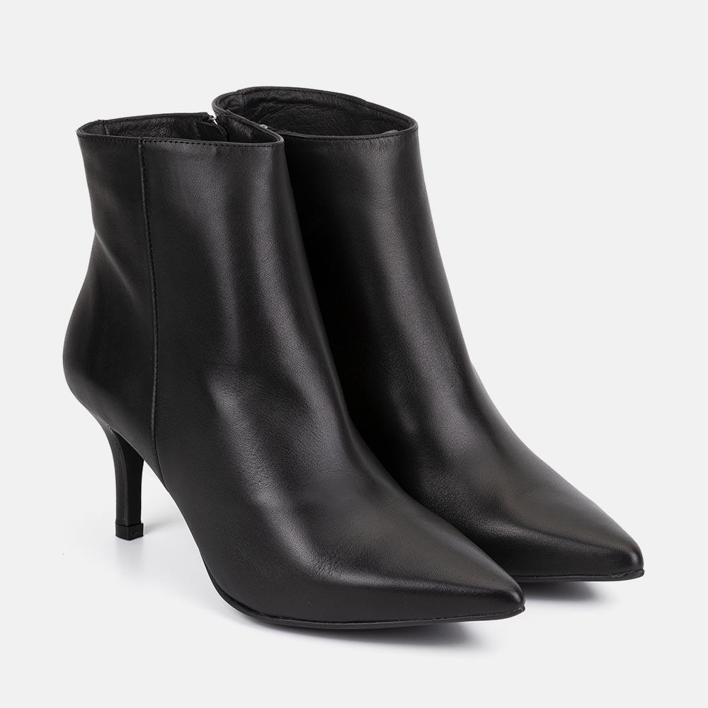 BLACK LEATHER ANKLE BOOT - CATARINA